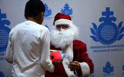 San Juan de Dios lleva la magia de la Navidad a la infancia en riesgo de pobreza