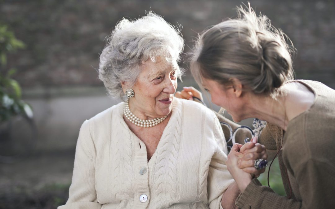 Guía para evitar la soledad de las personas mayores